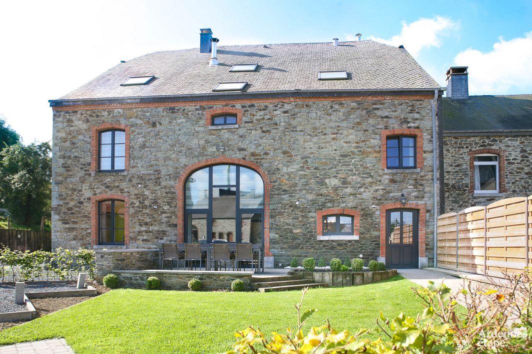 Maison villageoise de vacances louer au village du livre for Maison vacance a louer