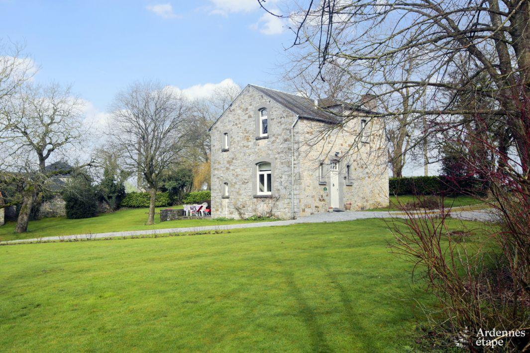 Le charme et l 39 ambiance d 39 une authentique maison de for Maison charme et tradition