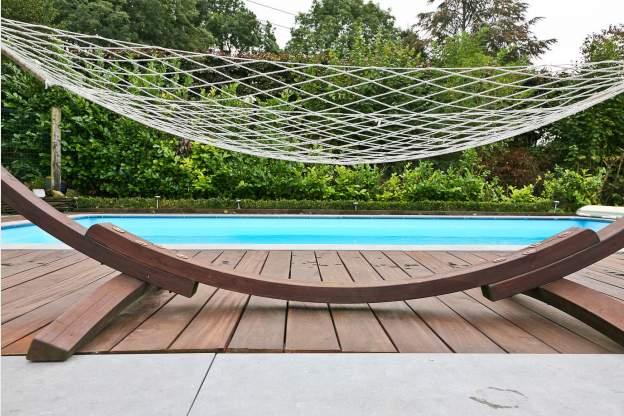 Agr able villa avec piscine ext rieure chauff e for Piscine 01