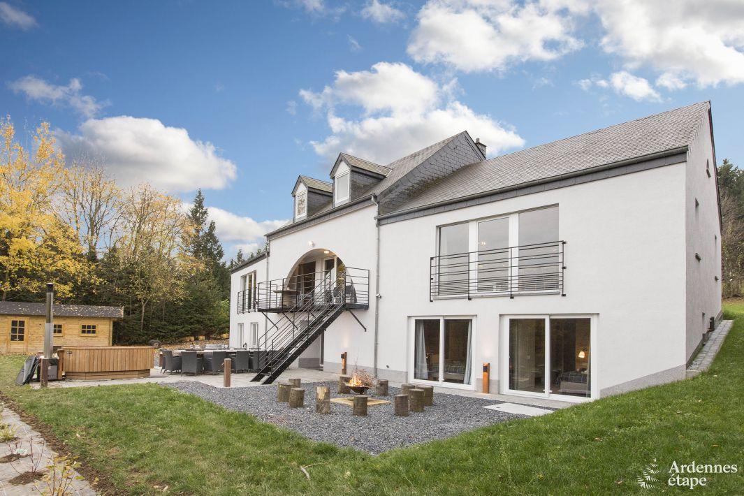 Superbe location de vacances avec balcon et bain nordique for Location maison concarneau vacances