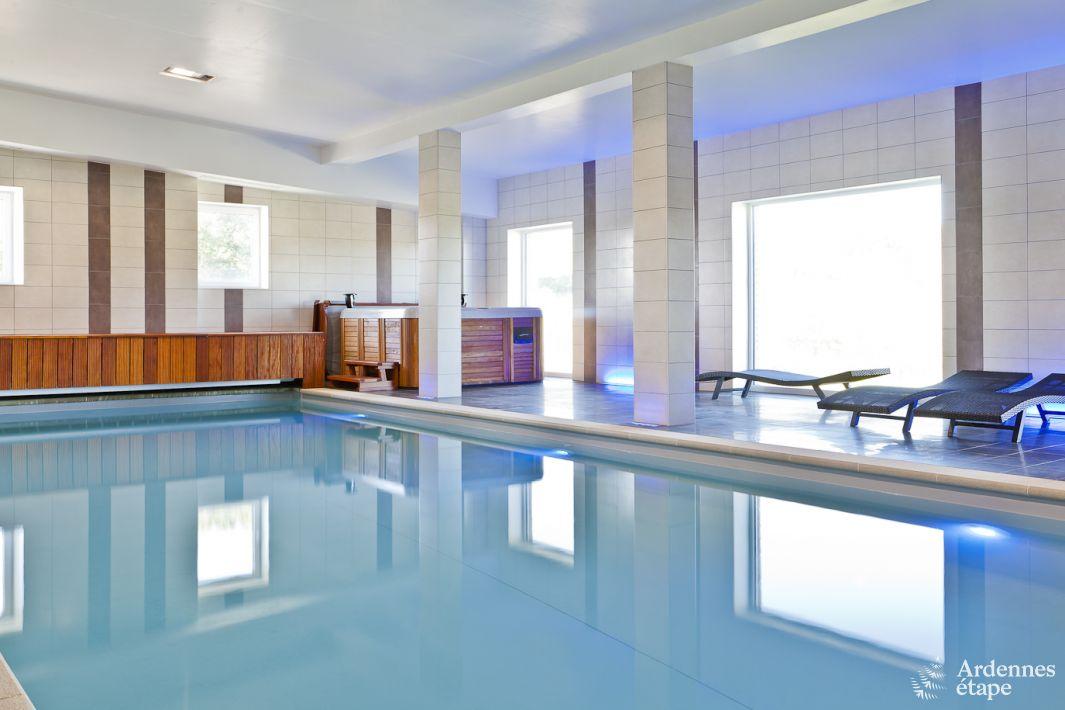 Villa de luxe acc s pmr avec piscine pour 48 pers louer for Recherche maison avec piscine pour vacances
