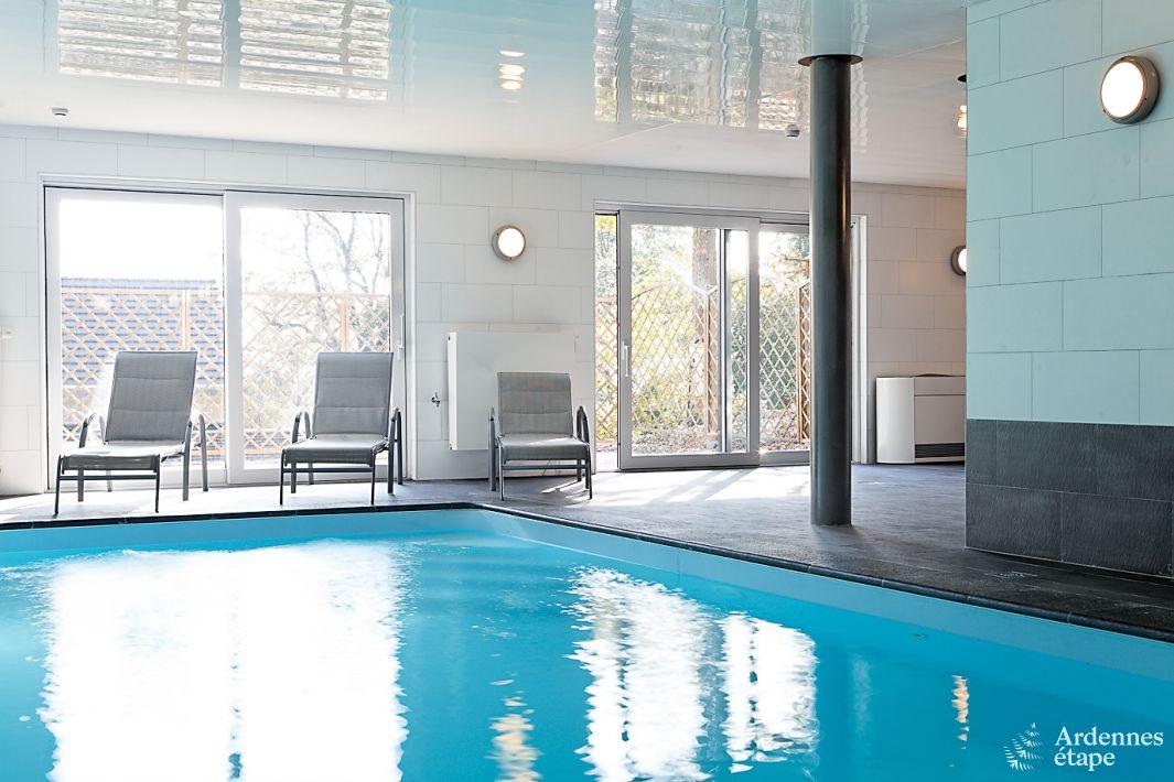 Villa de luxe au calme avec piscine pour 22 pers stavelot for Piscine 22