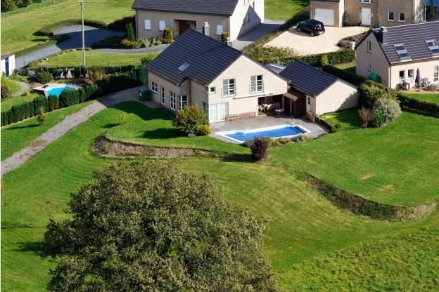 Maison de vacances avec piscine dans le jardin pour 8 pers for Recherche maison avec piscine pour vacances