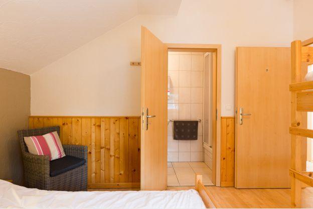 Chalet de vacances pour 26 pers avec jacuzzi et sauna for Chambre de commerce des ardennes
