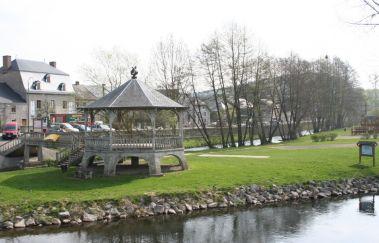 L'Ile de l'Oneux-Plaine de jeux à Province du Luxembourg