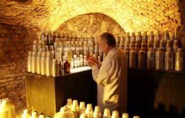 Atelier de Parfumerie Guy Delforge-Visites - Curiosités à Province de Namur